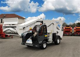 ELECTRA self-propelled vertical mixer 100% electric